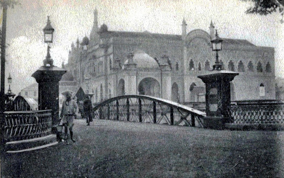 Gombak Bridge and Town Hall, circa 1908