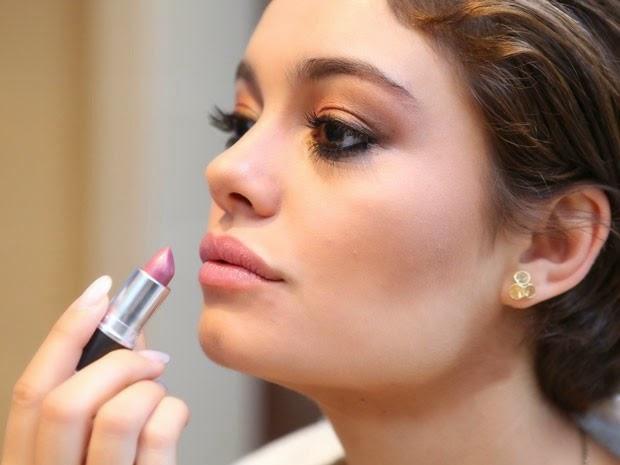 Maquiagem de Sophie Charlotte em Babilônia