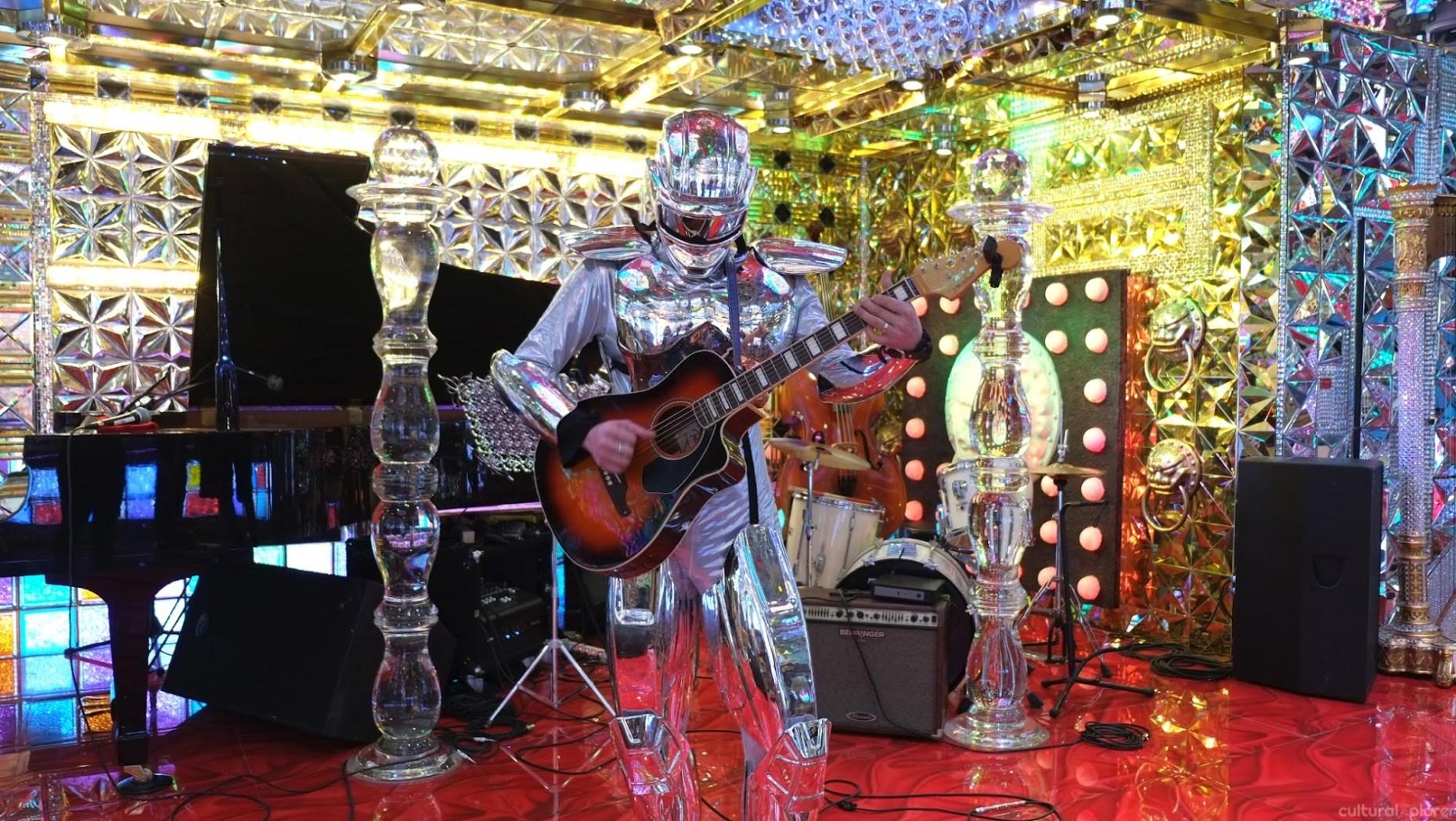 Band Robot Restaurant Tokyo
