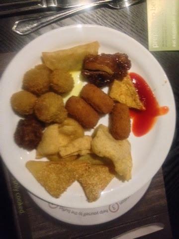 Prawn toast, potato croquettes and garlic mushrooms at the Global buffet