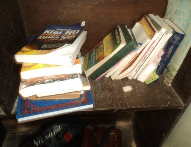 Buku Ustadz Afrokhi Terjemah Indonesia