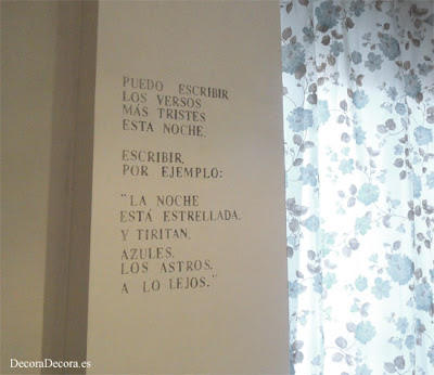Decorar la pared con un poema de Pablo Neruda