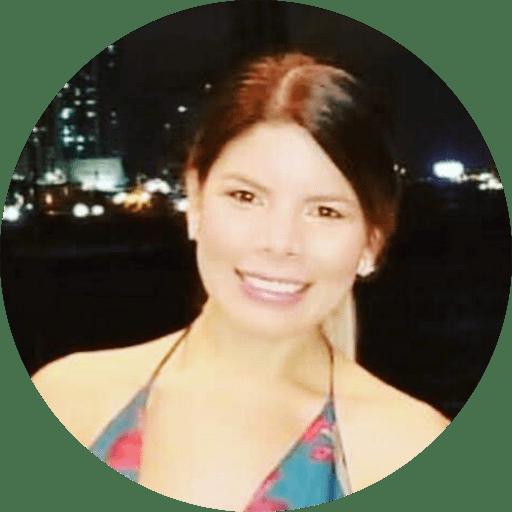 Laura Villacreses