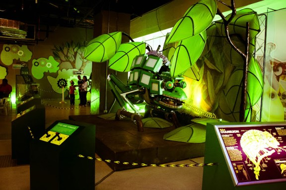 Robot Zoo at NIDO FORTIFIED Science Discovery Center