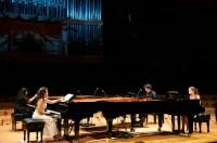 OCTUBRE RECIBIÓ LOS MEJOR DE TODAS LAS ÉPOCAS DEL PIANO. El 19 de octubre comenzó el Festival El Piano y los Períodos de la Música, que a lo largo de tres semanas, ofreció 12 conciertos con cinco orquestas, nueve directores, 21 solistas y 14 recitales, así como una exposición, un ciclo de cine y escenas teatrales sobre los grandes compositores interpretados. La mayoría de estas producciones se desarrollaron en las instalaciones del Centro Nacional de Acción Social por  la Música, Cnaspm