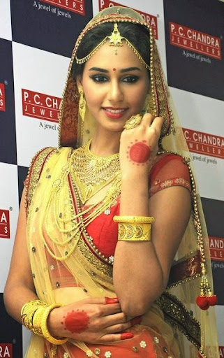 Hasleen Kaur Photos
