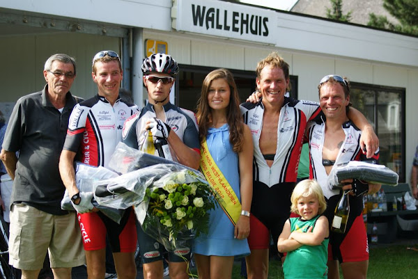 Frederik Devolder wint GP Wallehuis - Hannelore Baets als miss-kandidate
