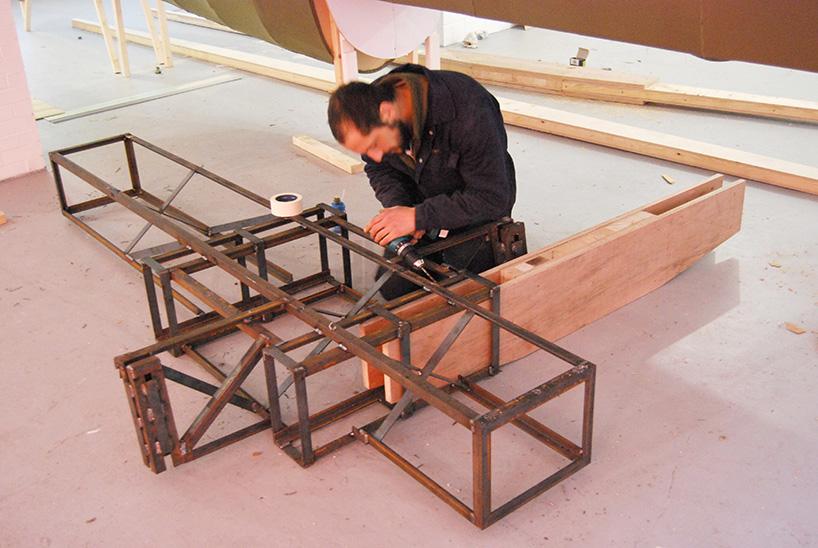 *藝術家jack munro和charlotte austen:用6500個雞蛋盒做的噴射飛機! 3