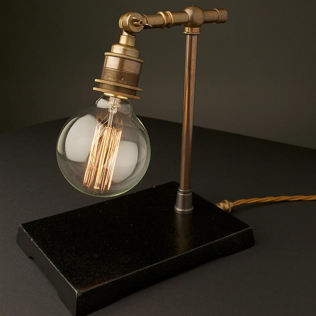 *復刻愛迪生銅鐵檯燈:Vintage Industrial 使用節能LED燈泡! 1