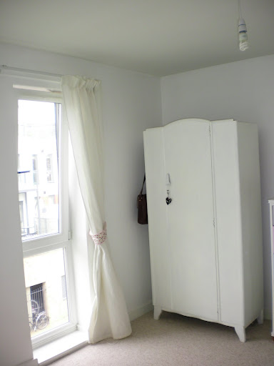 Project Thirty Eight: Painting my Wardrobe White (5/6)
