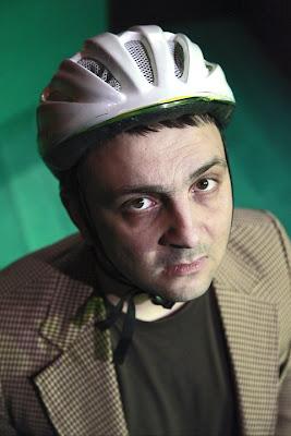 Алексей Кожухаров в 'Подземни чайки'