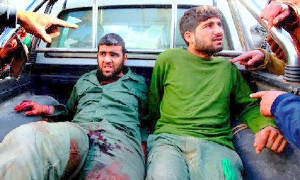 https://i1.wp.com/lh5.googleusercontent.com/_hFyIVHLPW40/TbQY4I5oUII/AAAAAAAAHBI/wGoFYsCy7jA/Gaddafi-soldiers-are-brou-007.jpg?resize=584%2C350&ssl=1