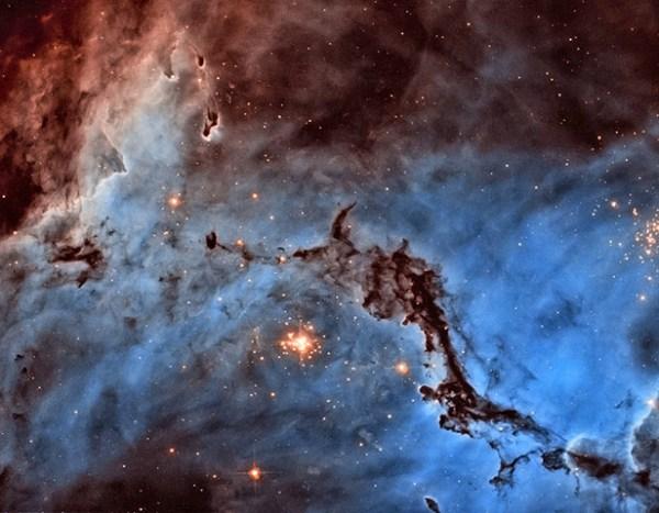 Dilip Simeon's blog: Hubble's hidden treasures