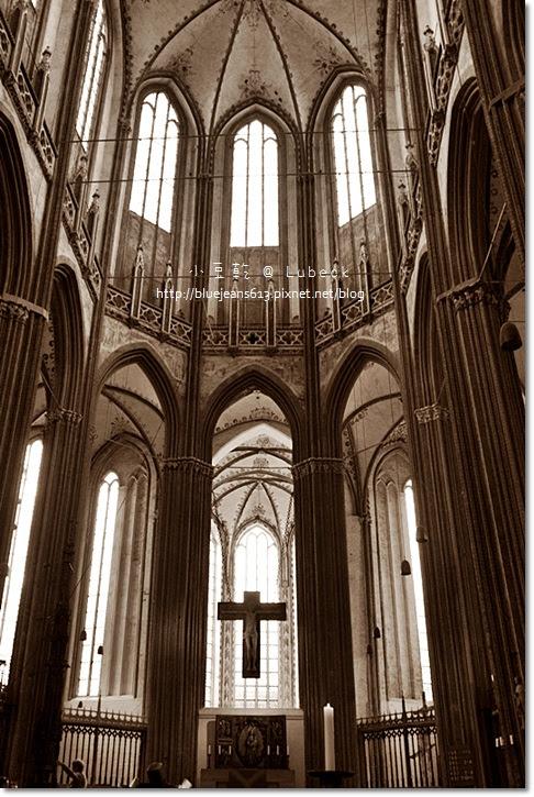 【德國】呂北克Lubeck。有著可愛小惡魔的瑪利恩教堂 @ 小豆乾的雜貨店