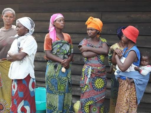 Des déplacés de Mugunga au Nord-Kivu lors de la visite des diplomates africains, 24/02/2011.