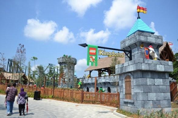legoland malaysia lego kingdom