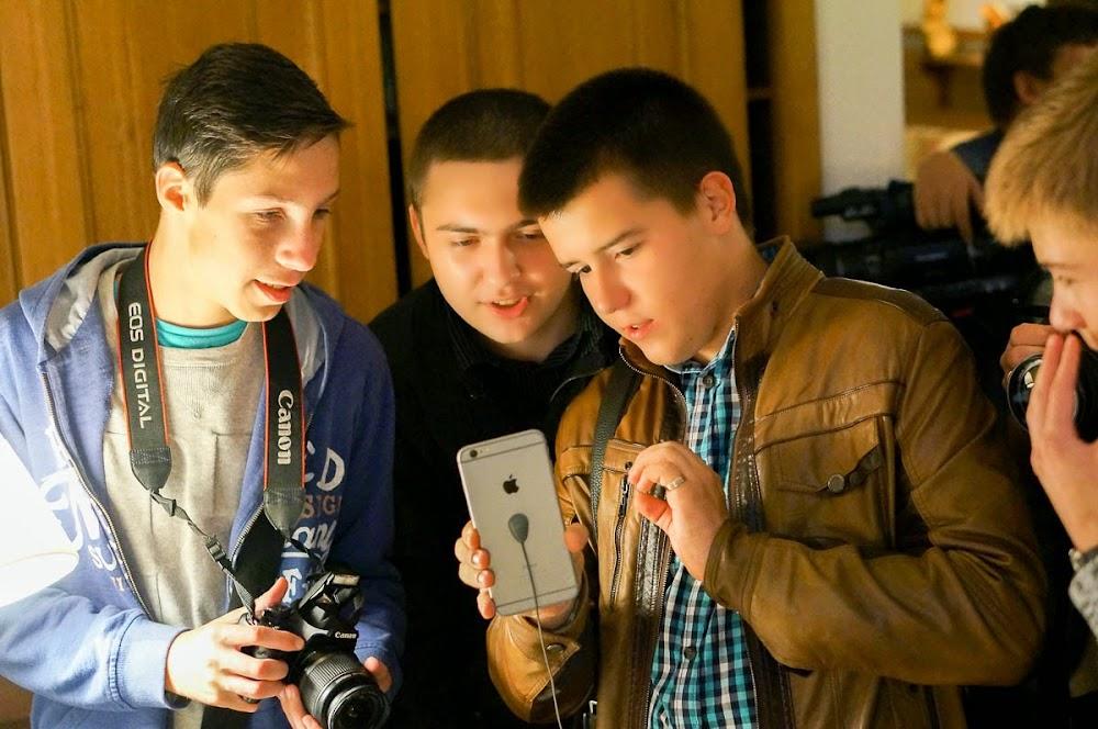 iPhone 6 event Russia-27.jpg