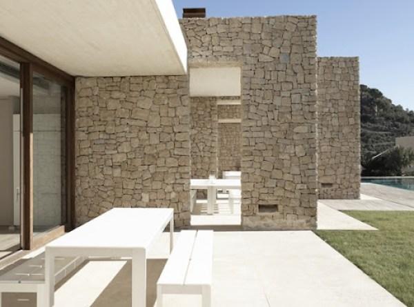 casa-moderna-fachada-de-piedra