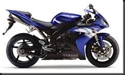 Yamaha R1 04  5