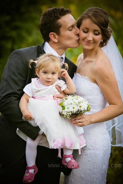 porocni-fotograf-wedding-photographer-ljubljana-poroka-fotografiranje-poroke-bled-slovenia- hochzeitsreportage-hochzeitsfotograf-hochzeitsfotos-hochzeit  (164).jpg
