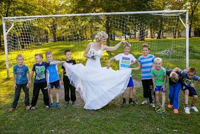 porocni-fotograf-wedding-photographer-poroka-fotografiranje-poroke- slikanje-cena-bled-slovenia-ljubljana-bled-hochzeitsfotografho (119).jpg