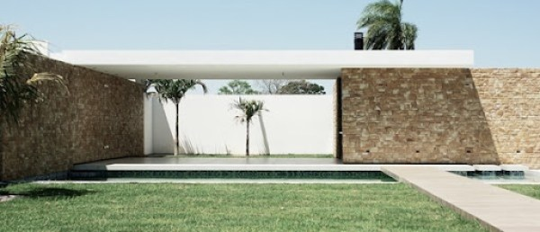 piscina-y-jardin-casa-moderna-en-santa-cruz-bolivia