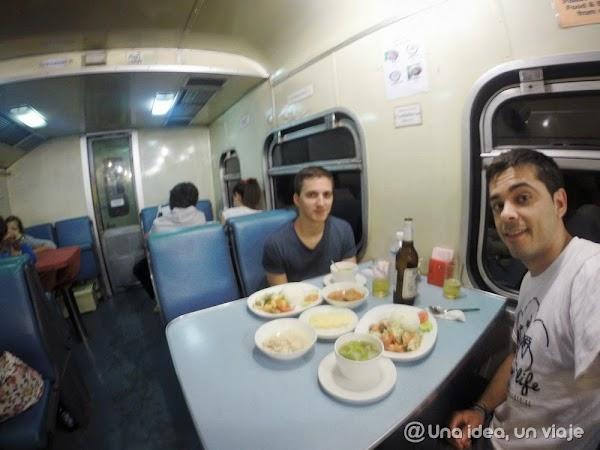 tren-cama-bangkok-chumphon-3.jpg