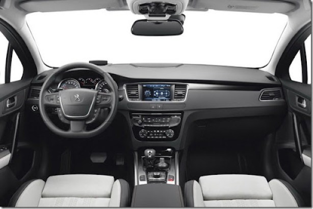 Peugeot-508-Hybrid4-1