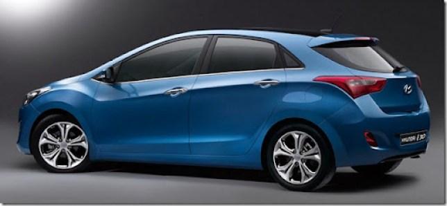 2012-Hyundai-i30