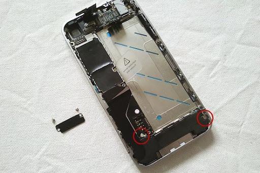 iphone412.jpg