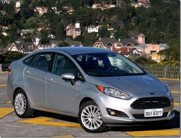 New Fiesta Sedan 2014 (12)