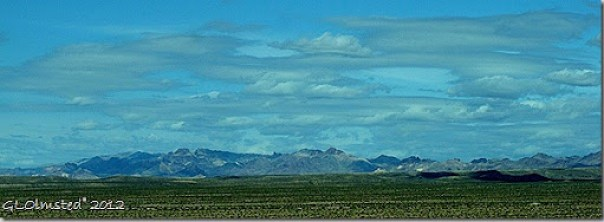 01 Black Mts NE from Lake Mead NRA Colorado R frontage road N of Bullhead City AZ (1024x372)