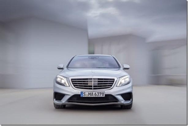 2014-Mercedes-Benz-S63-AMG-9[2]