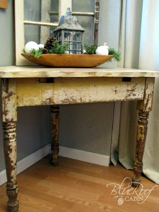 chippy corner table from salvaged parts