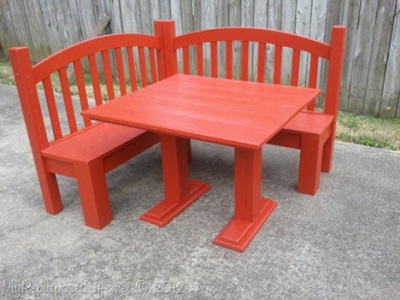 kids corner bench from a bed
