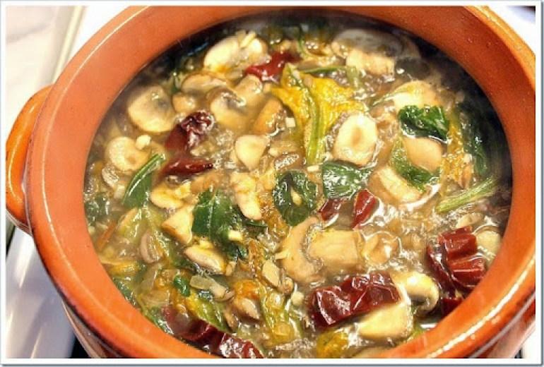 Mushroom soup1