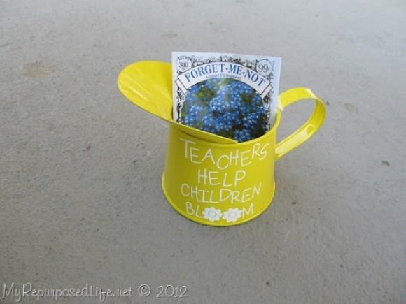 Teachers Help Children Bloom (6)
