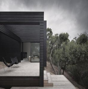 moderna-casa-de-madera-negra