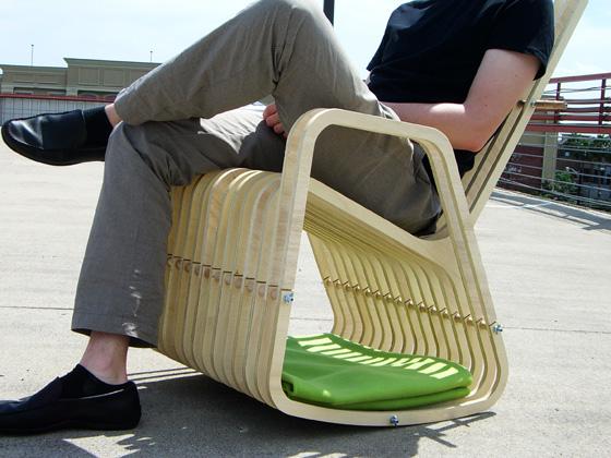 搖擺木製椅