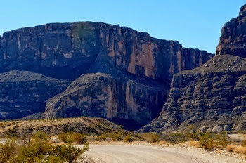 first close up view of Santa Elena Canyon