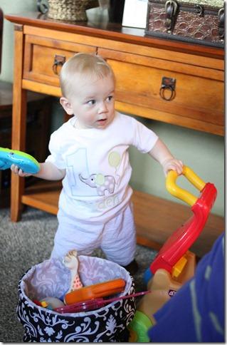 Hayden's first birthday 049