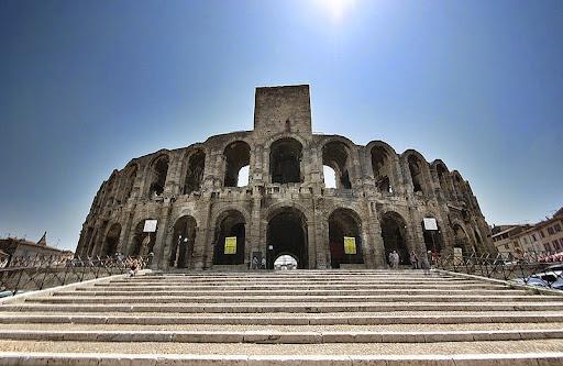 Arles-anfiteatro-6