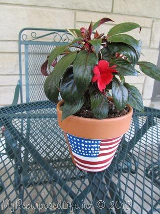 Plaid Paint flower pot (7)