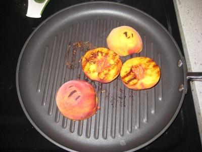 peaches 058