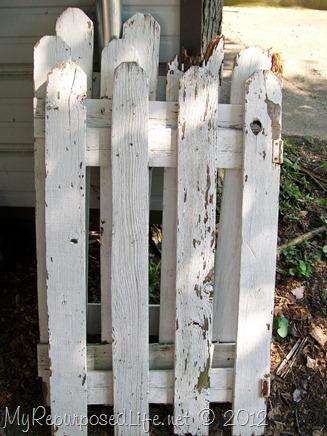 chippy-picket-fence