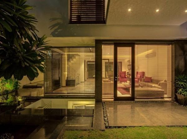 Fachadas-modernas-casa-overhang