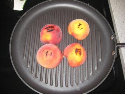 peaches 054