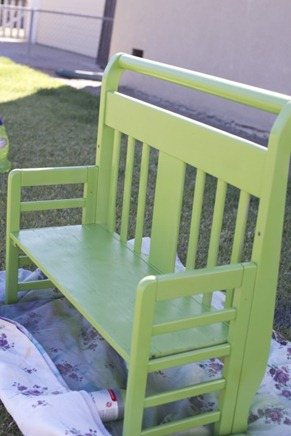 green bench photo prop