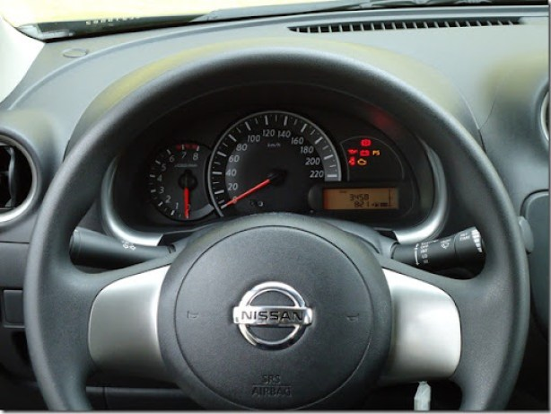 Nissan March SR  1.6 2013 (3)