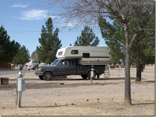 01 Dead truckcamper at Lost Alaskan RV Park Alpine TX